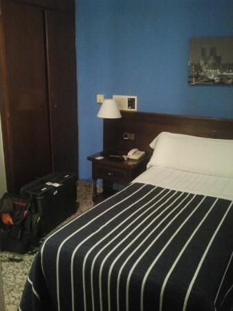 أوستال سونسوليس: Zimmer 211