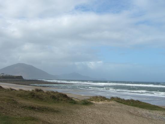 Doohoma, Irland: This is a nearby beach. Your views will be similar.