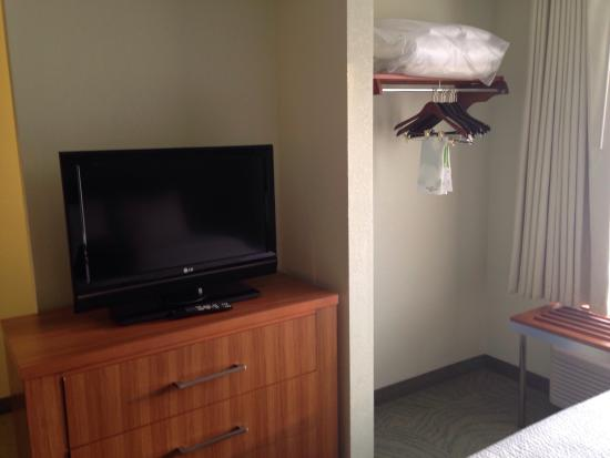SpringHill Suites Providence West Warwick: The TV, Bureau And Closet Area  Of The Double