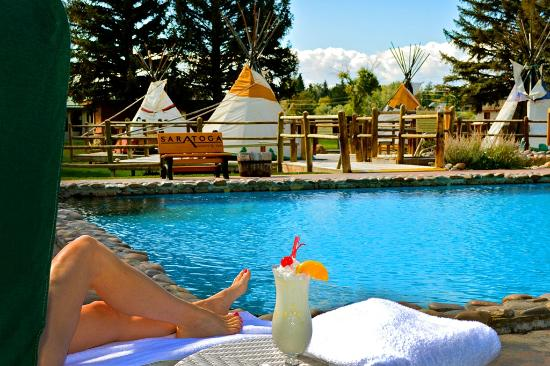 Saratoga Hot Springs Resort: Soak in Mineral Hot Springs Pools