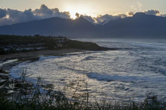 Paia, HI: волны, пляж