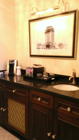 Hotel Settles: Standard rooms have refrigerator, second sink, coffee, etc.