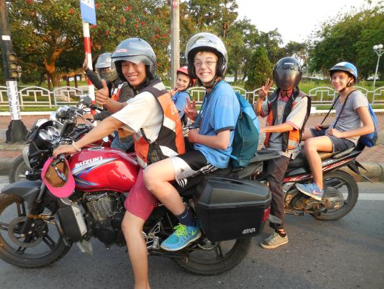 kids on motorcycles photo de le family rider hu tripadvisor. Black Bedroom Furniture Sets. Home Design Ideas