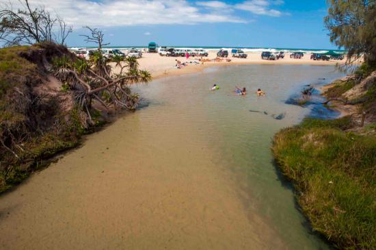 เกาะแฟรเซอร์, ออสเตรเลีย: Float down the river