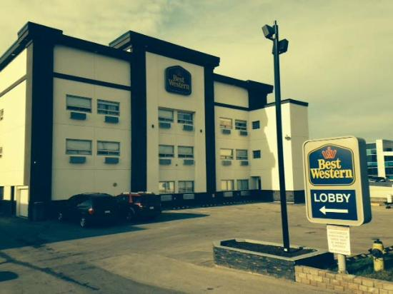 Best Western Airport Inn: front BW