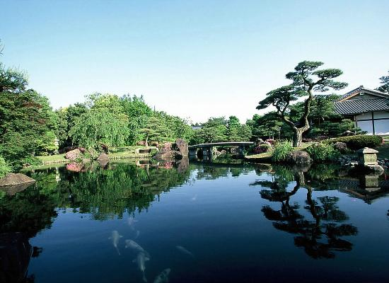 APA Hotel Himeji Eki Kita : 【好古園】潮音斎を望む