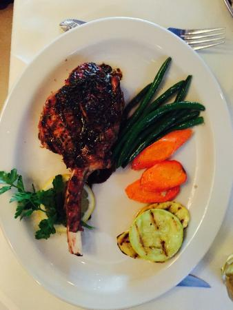 Primavera Ristorante: Veal Chop - Only If You're Hungry