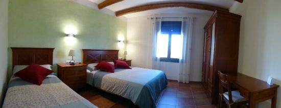 Vilamacolum, España: Habitación triple