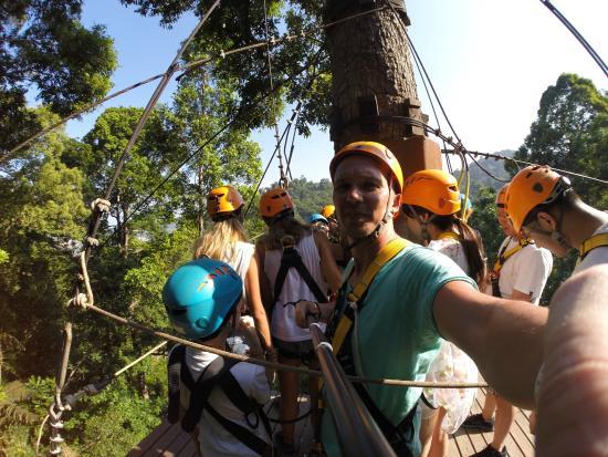 Cable Jungle Adventure: Перед спуском на канате