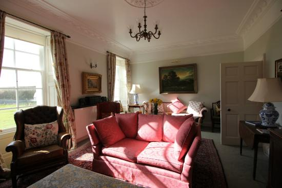 Islay Cottages : Kilchoman House Main Sitting Room