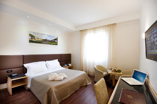 Photo of Minerva Hotel Arezzo
