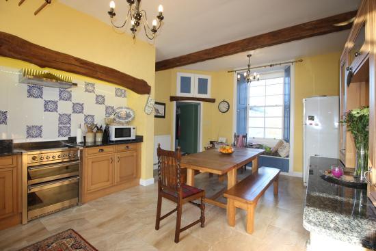 Islay Cottages : Kilchoam House Kitchen
