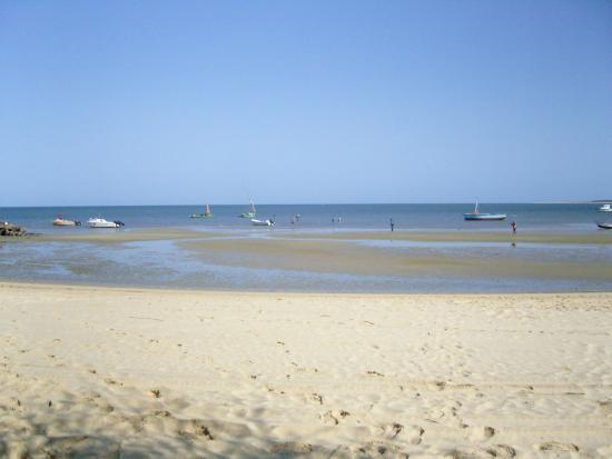 Inhaca Island, Mozambique: Vue de la plage, à marée basse