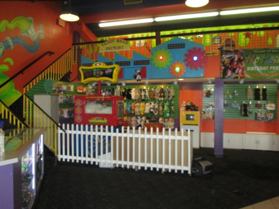 Adventure Landing Mini Putt Picture Of Adventure Landing
