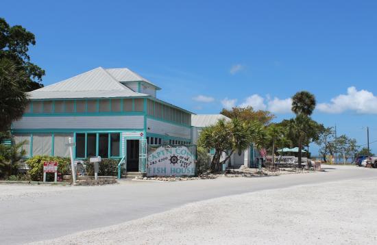 Capt'n Con's Fish House, Bokeelia, FL, Apr 2015