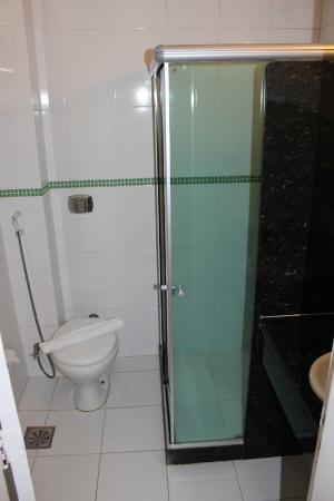 Argentina Hotel: Banheiro limpinho