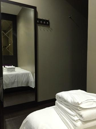 V Hotel Lavender Singapore Tripadvisor, Can Mirror Be Placed In Front Of Bed