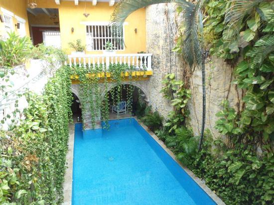 Boutique Hotel Santo Domingo : vista de la pileta desde las habitaciones
