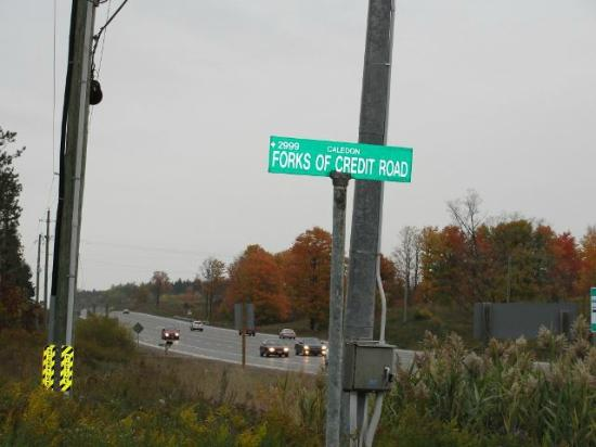 Forks of the Credit Scenic Road