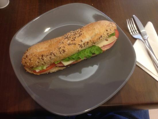 sandwich - photo de patisserie la cerise sur le gateau, thonon-les