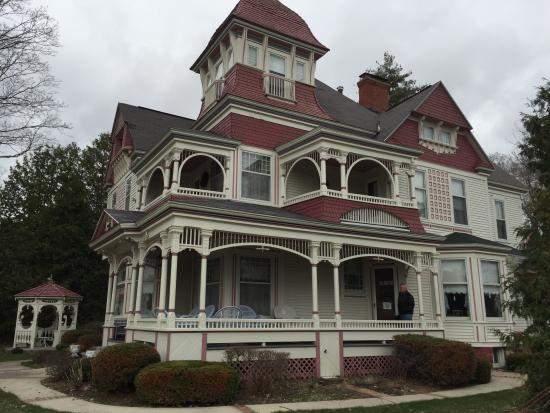 The Grand Victorian B&B: Grand Victorian. Bellaire MI