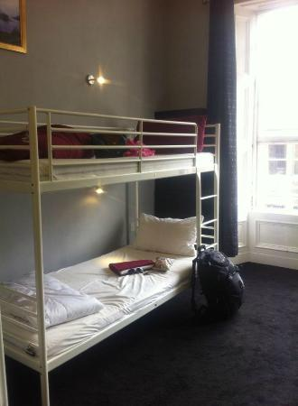 Malone's Old Town Hostel : Our 12 Bed Dorm