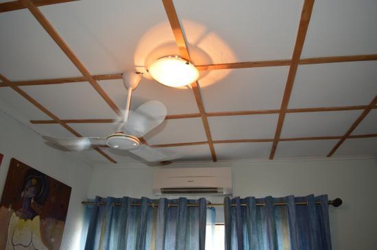 Bogobiri House Lagos: Fan & Air con as standard