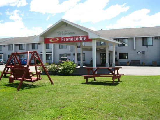 Photo of Econo Lodge Airport Duluth
