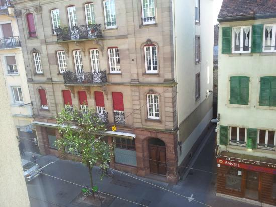 Ibis Strasbourg Centre Petite France : view from the room