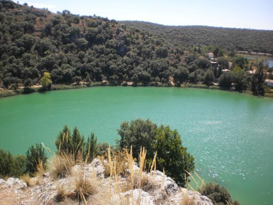 Ruidera, Spain: Laguna San Pedra panoramica desde  la Quebrada del Toro