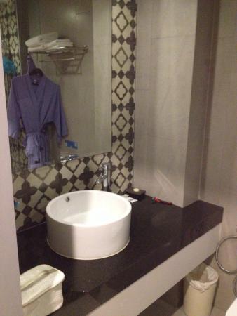 Больше всего понравилась ванная комната)