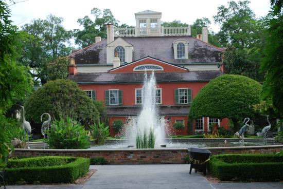Houmas House Exterior Picture Of Houmas House Plantation And Gardens Darrow Tripadvisor