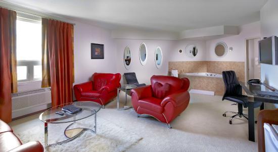 Deerfoot Inn and Casino: Romance Suite