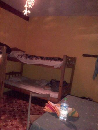 Hostel Qhia : cama