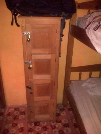 Hostel Qhia : locker