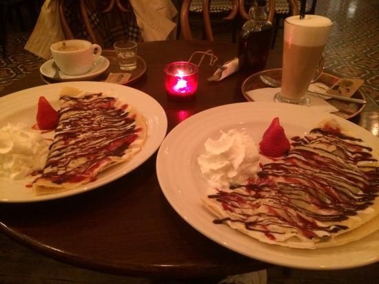 Mondieu : Блинчики с бананом и шоколадом