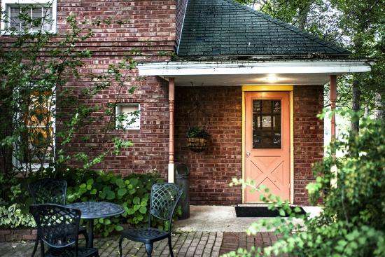 Green Lake, WI: Pump House Parlor