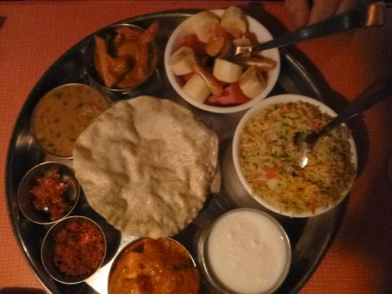 Gopi Guesthouse and Restaurant: Thali