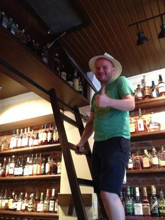Covington, KY: Old Kentucky Bourbon Bar
