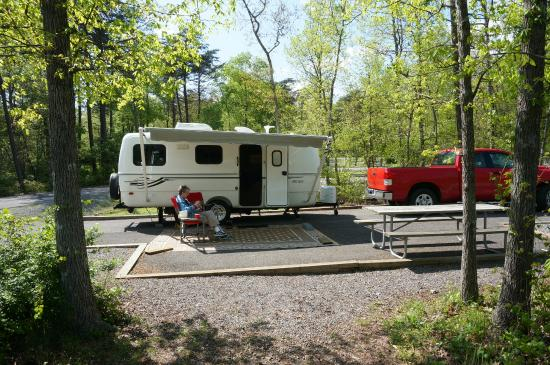 DeSoto State Park Lodge & Cabins: A pull-through site.