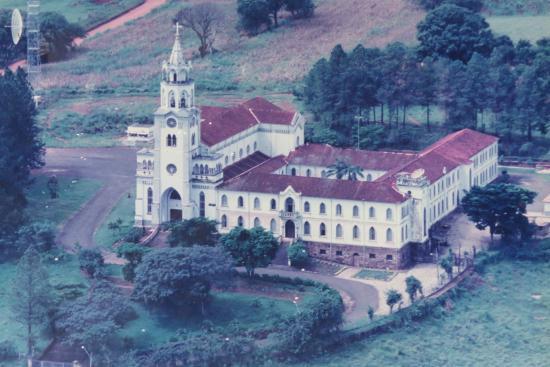 Vista aérea do Mosteiro Claraval-Claraval-MG