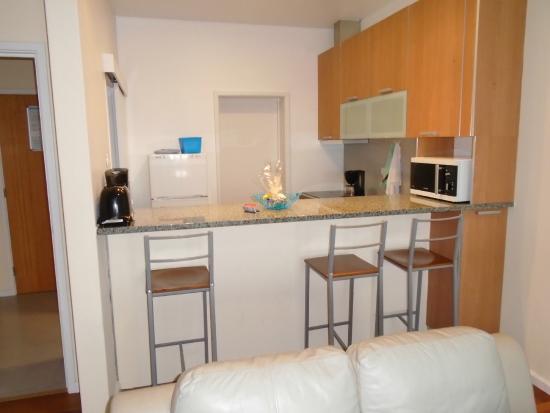 Duplex - Alojamentos Centro Comercial Solmar: kitchen