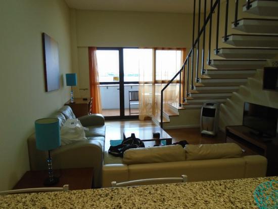 Duplex - Alojamentos Centro Comercial Solmar: livingroom