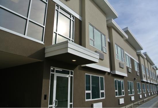 Kelowna Inn & Suites