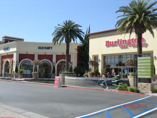 Huntington Beach Bella Terra Restaurants