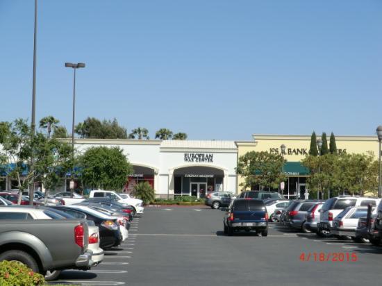 Jos A Banks Men S Store In Huntington Beach Ca