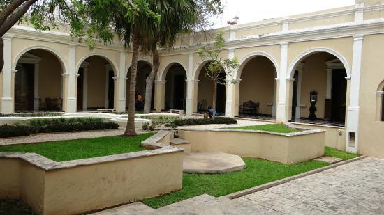 Foto de museo casa montejo m rida the courtyard tripadvisor - Foto casa merida ...