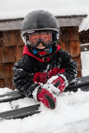Mountain Baby: Ski gear for kids: helmets, snow suits, mitts, gloves... more!