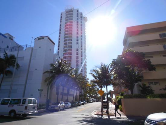 Ocean Spray Hotel Miami Reviews