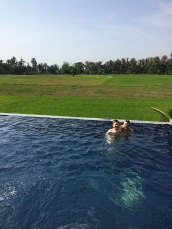 Fun-D Hotel: Great view and swimming pool!